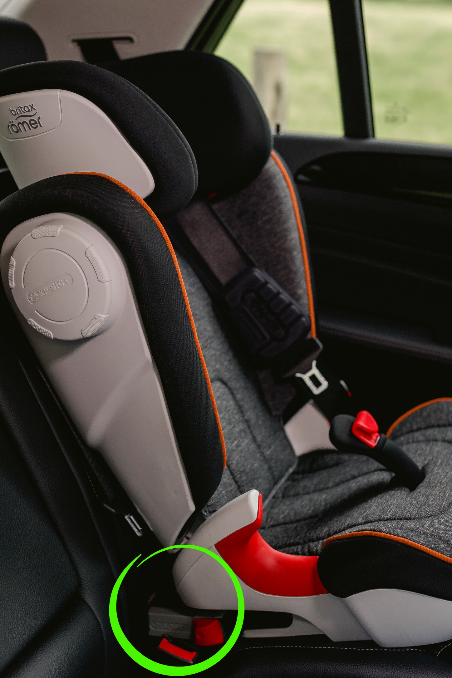 The Hidden Projectile In Your Car Booster Seats Good